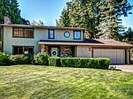 15615 SE 44th Pl, Bellevue, WA