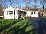 23 Freya Rd, Rocky Point, NY