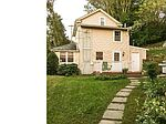 2087 Dutton Mill Rd, Newtown Square, PA