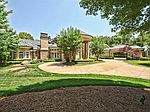 8333 Providence Rd, Charlotte, NC