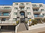 610 Levering Ave, Los Angeles, CA