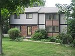 1240 Manor Dr, Pittsburgh, PA