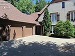 3903 Brookside Ln, Huron, OH