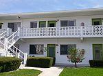 8455 112th St APT 211, Seminole, FL
