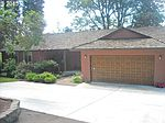 4176 Upper Dr, Lake Oswego, OR
