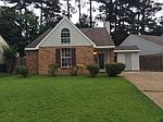 120 Shadow Hill Dr, Madison, MS