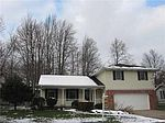 2334 Wintergreen Dr, Erie, PA