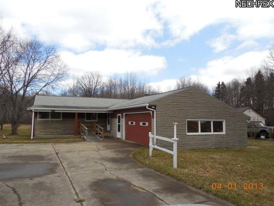 6126 Mccartney Rd, Lowellville, OH 44436