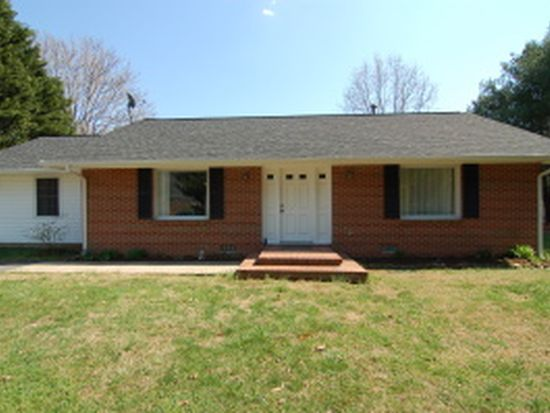 86 Spottswood Ave S, Buchanan, VA 24066