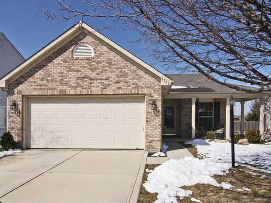 5322 Waterton Lakes Dr, Indianapolis, IN 46237