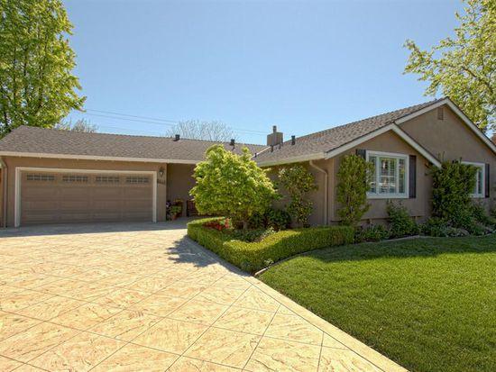 5468 Blossom Acres Dr, San Jose, CA 95124