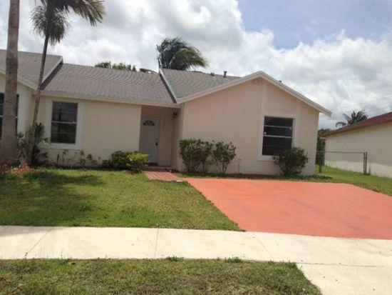 12656 SW 210th St, Miami, FL 33177