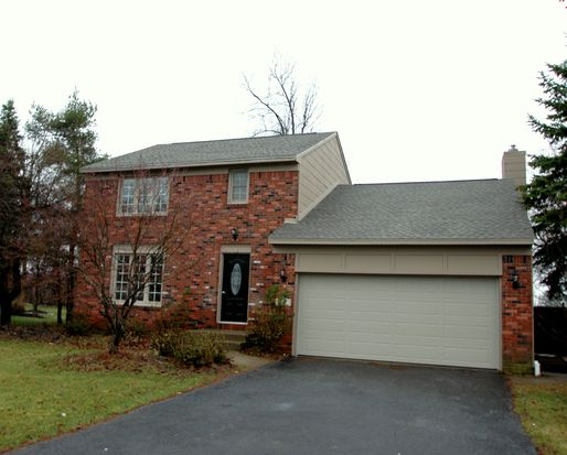 8887 Candlewood Ln, Clarence Center, NY 14032
