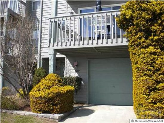 207 Spinnaker Way, Neptune, NJ 07753