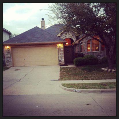 4709 Sabine St, Fort Worth, TX 76137