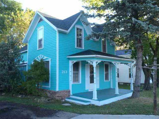 213 Ames St, Elk Rapids, MI 49629