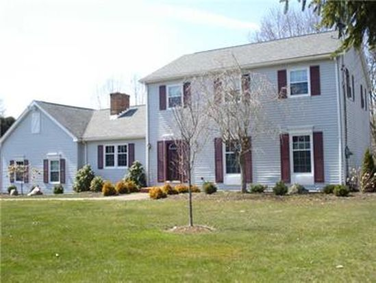 744 Tanglewood Rd, Hermitage, PA 16148