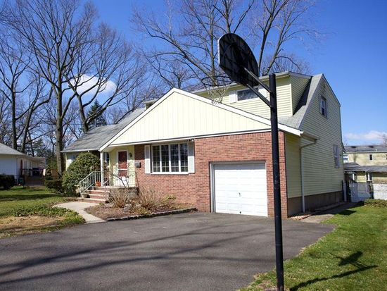 5 Fulton Pl, Fair Lawn, NJ 07410