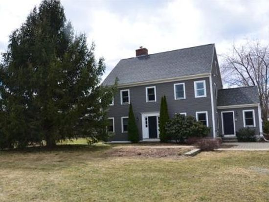 17 Browns Ln, West Newbury, MA 01985