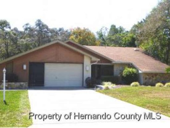 7765 Holiday Dr, Spring Hill, FL 34606