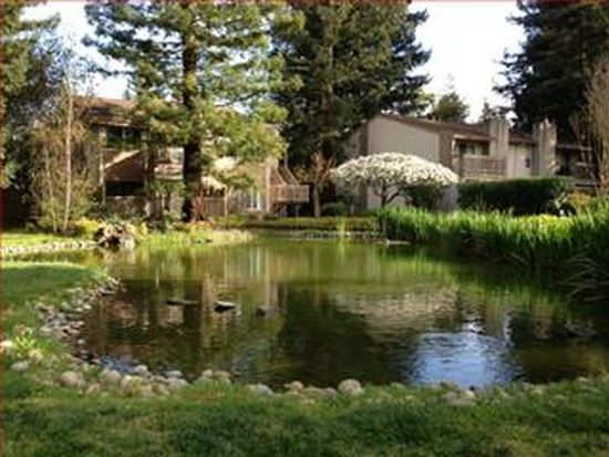 19714 Vineyard Ln, Saratoga, CA 95070