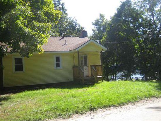 55 Lake Shore Dr, Cheshire, MA 01225
