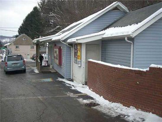 804 S Main St, Hollsopple, PA 15935