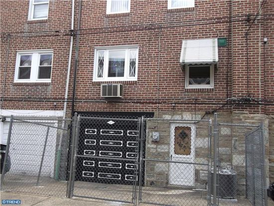 4324 Chippendale St, Philadelphia, PA 19136