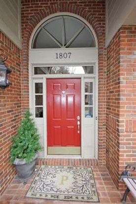 1807 Saint Ives Cir, Lexington, KY 40502