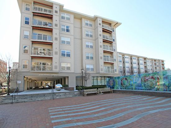 8045 Newell St APT 522, Silver Spring, MD 20910