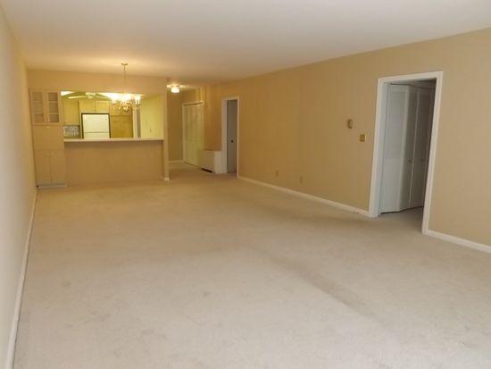 779 Prospect Ave APT C5, Hartford, CT 06105