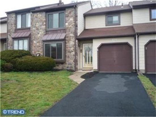 552 Atwood Ct, Newtown, PA 18940