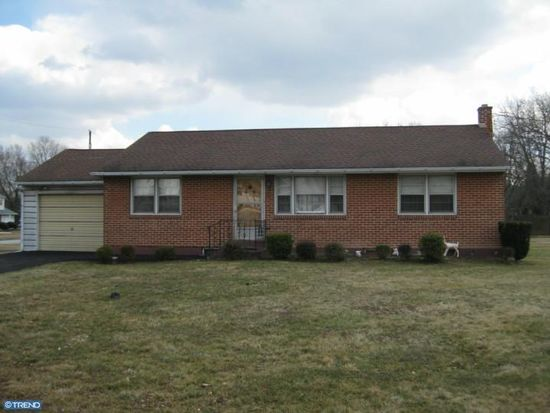 30 Level Rd, Collegeville, PA 19426