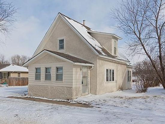 2007 Sycamore St, Granger, IA 50109