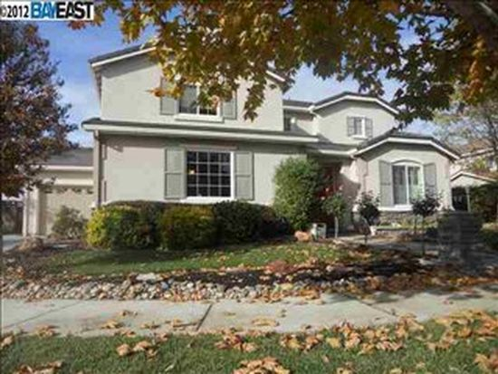 6856 Lake Ct, Livermore, CA 94551