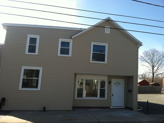 14 S Lea St, Macungie, PA 18062