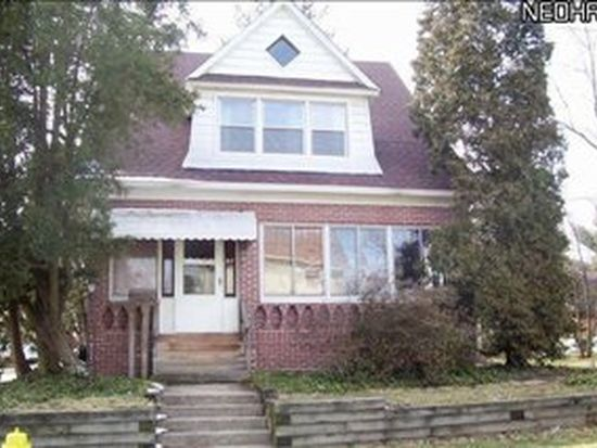 132 28th St NW, Barberton, OH 44203