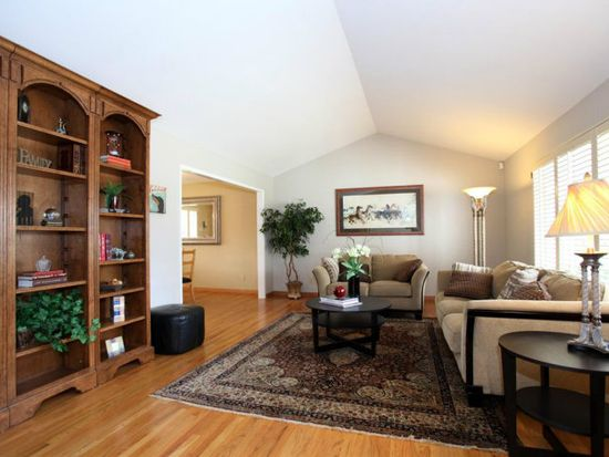 485 Chesley Ave, Mountain View, CA 94040