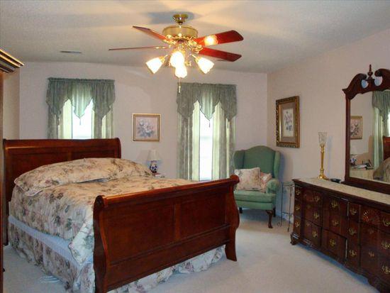 904 Woodoak Ln, Charleston, WV 25314