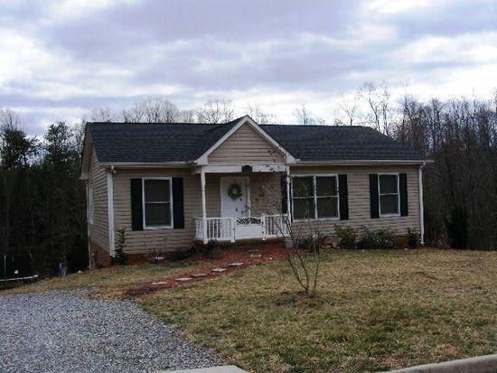 114 Pebble Rd, Martinsville, VA 24112