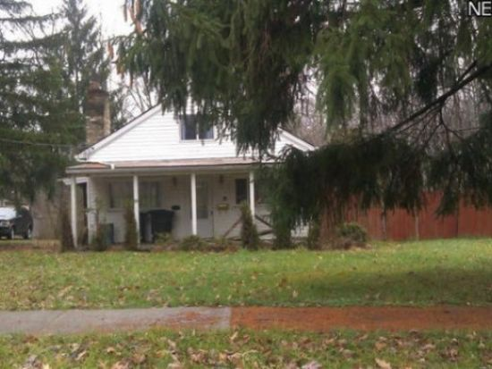 952 Archer Rd, Bedford, OH 44146