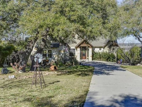 417 Hummingbird Way, Spicewood, TX 78669
