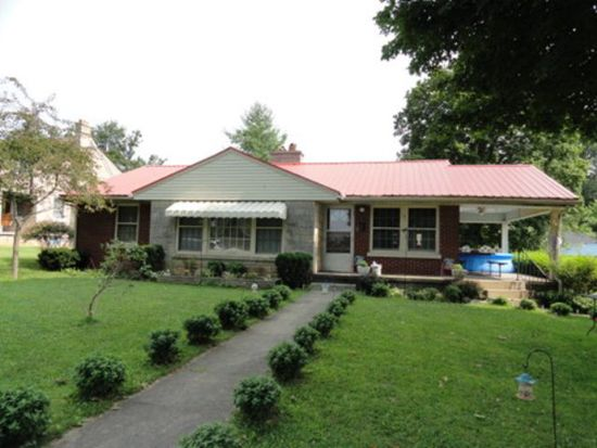 312 College St, Horse Cave, KY 42749