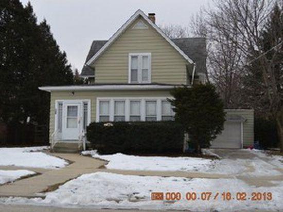 627 Oakland Ave, Elgin, IL 60120