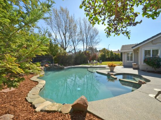 2590 Tapestry Dr, Livermore, CA 94550