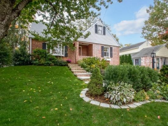 5 Arnold St, Old Greenwich, CT 06870