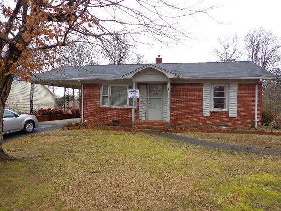 305 James St, Lexington, NC 27295