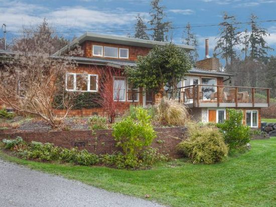 4139 Point White Dr NE, Bainbridge Island, WA 98110
