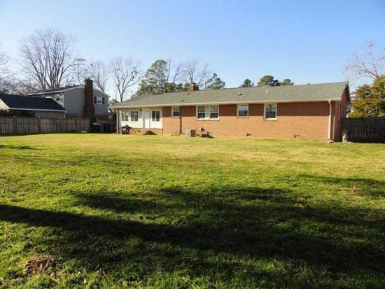 315 Pasture Ln, Hampton, VA 23669