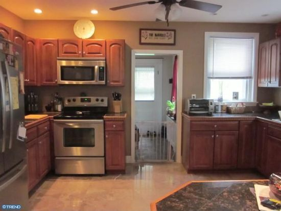 308 Delaware Ave, Lansdale, PA 19446